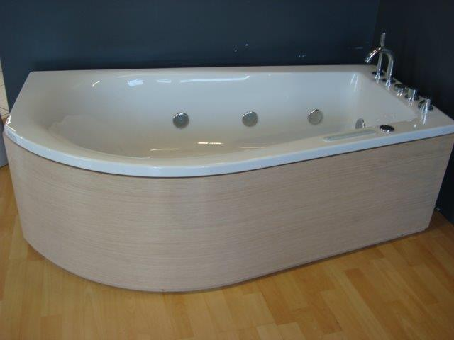 Vasca Da Bagno First Ideal Standard : Ideal standard vasca first asimmetrica pozzoli s p a