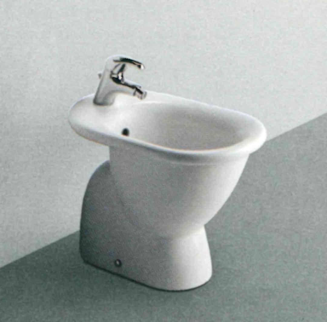 Ideal standard serie fiorile pozzoli s p a for Bidet ideal standard